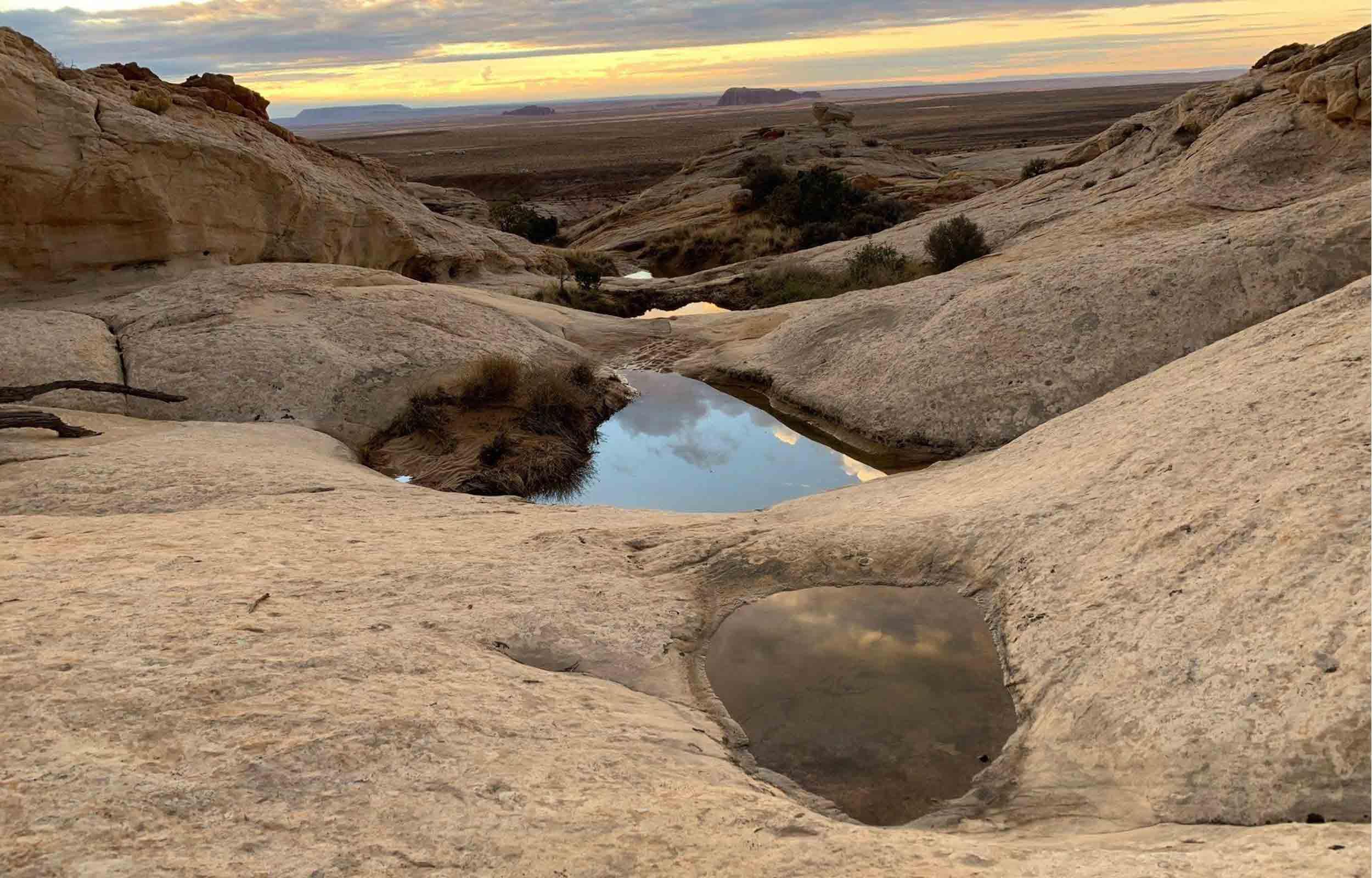 utah hiking canyon rock view at crack canyon wilderness