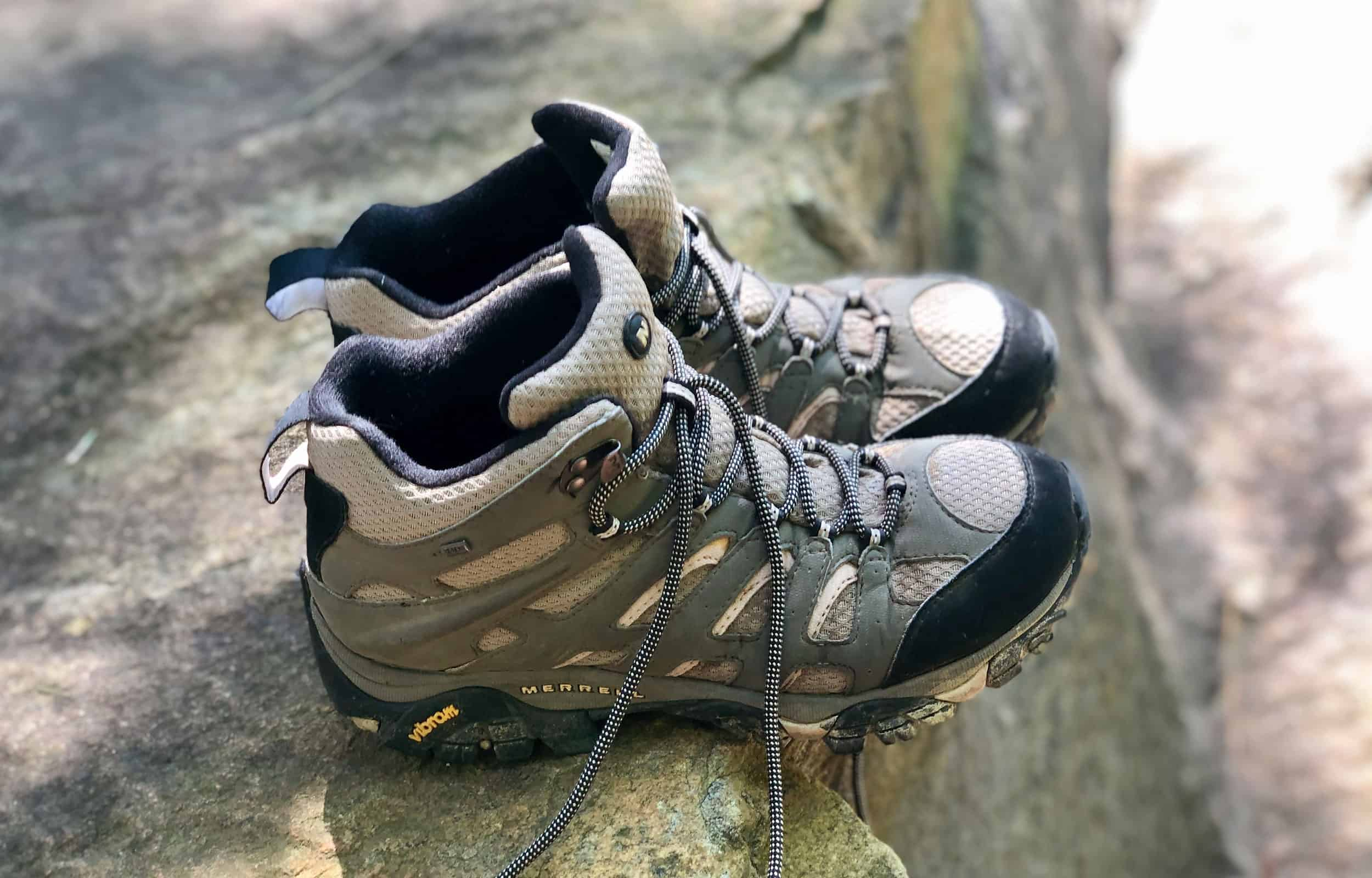 birds eye view of merrell moab hiking boots