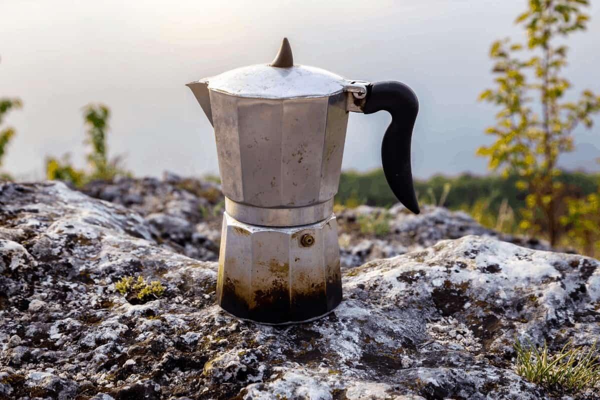 moka pot coffee camping