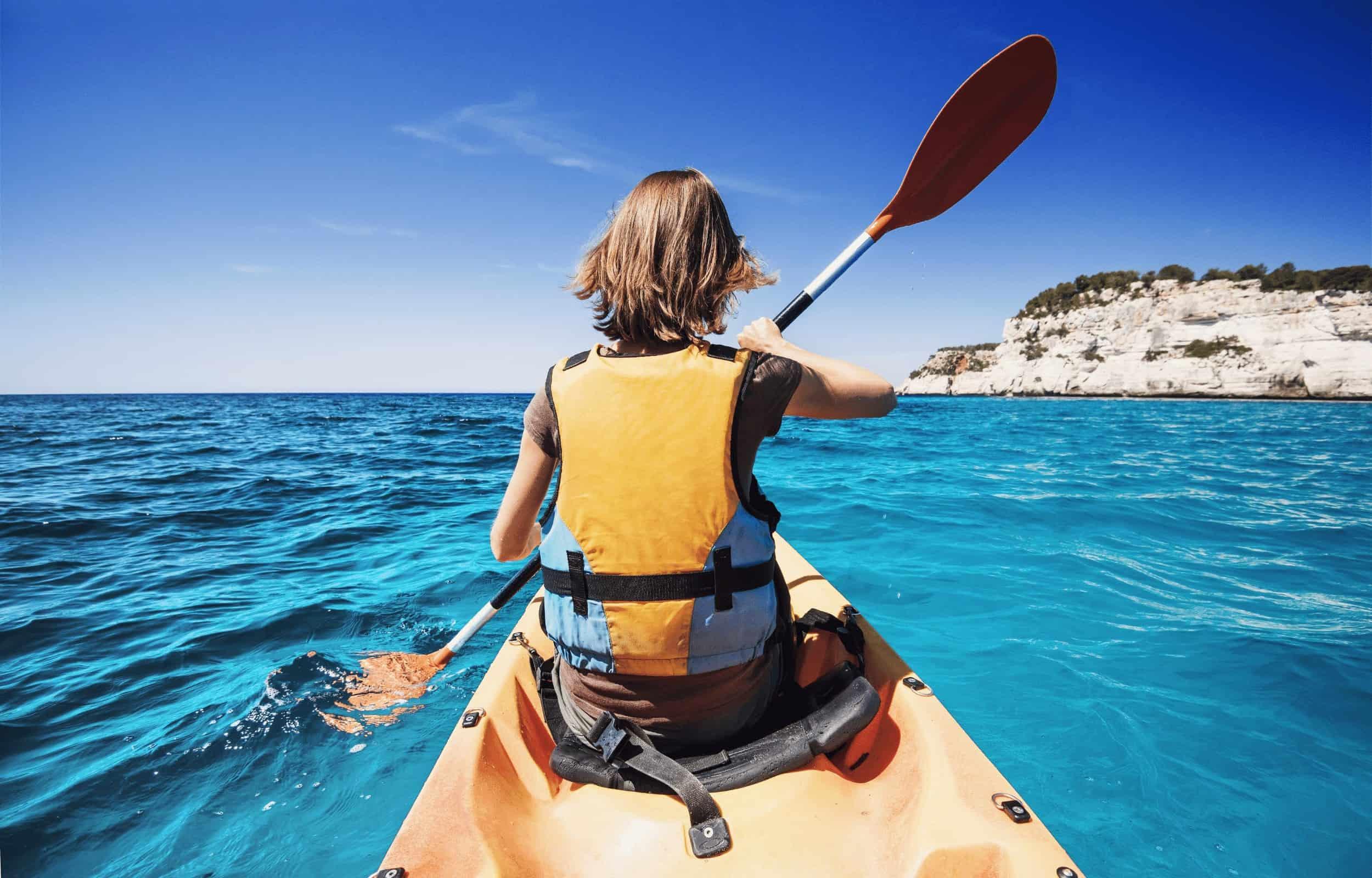 kayak girl mountain
